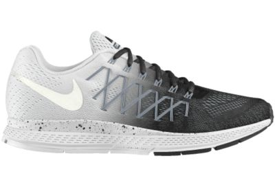 The Nike Air Zoom Pegasus 32 iD Running Shoe.